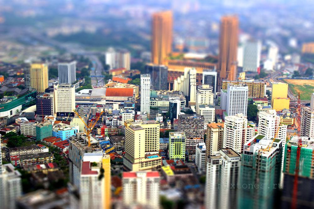 Kuala-Lumpur-s-visoti_-tiltshift
