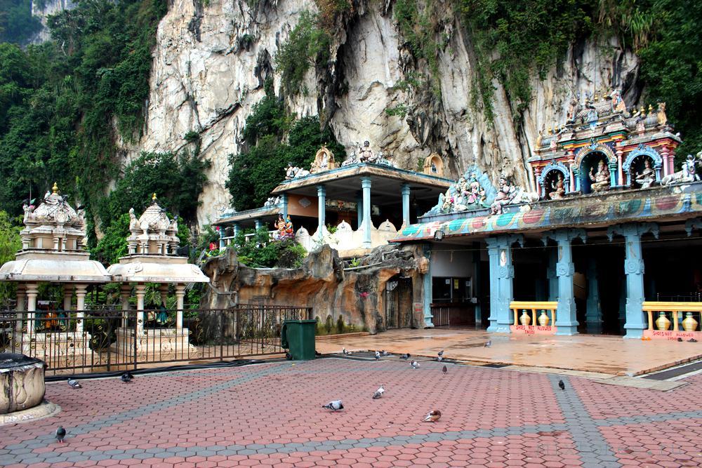 batu_caves_hram