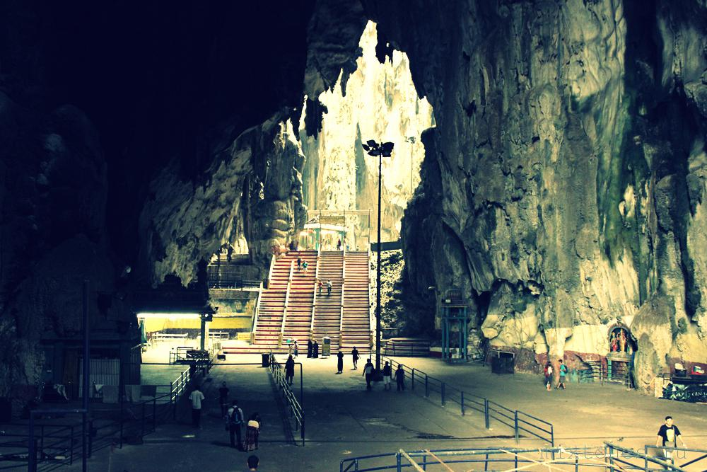 batu_caves_inside