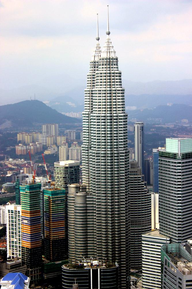 petronas-towers-s-visoti
