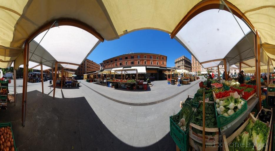 mercato at Piazza San Cosimato