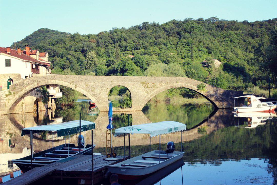 Мост в Риека Црноевича